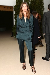 le fashion image,blogger,jacket,silk,two piece pantsuits,green jacket,blazer,black flats