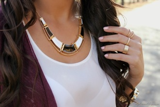 jewels necklace jewerly necklace jewerly spring break chic gold chain necklace black jewelry gold jewelry black and white blouse