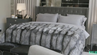 home accessory blanket bedding pillow faux fur