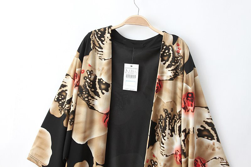 Black Vintage Floral Loose Cape Blouse - Sheinside.com