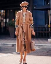 dress,midi dress,leopard print,long sleeve dress,cardigan,knitted cardigan,long cardigan,pumps,handbag,sunglasses,beret