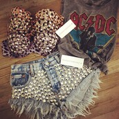 shorts,fashion,studded,dreamer,girl,runwaydreamz,festival,love,coachella,shirt,tank top,top,bra,bralette