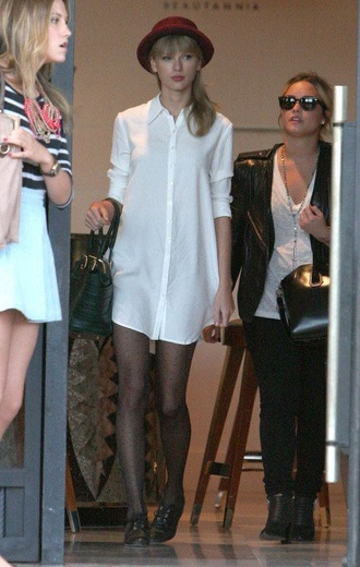 blouse white button up taylor swift white dress hat burgundy oxfords