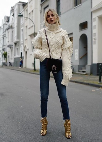 sweater bag white sweater chunky knit turtleneck turtleneck sweater jeans denim blue jeans crossbody bag gold boots boots