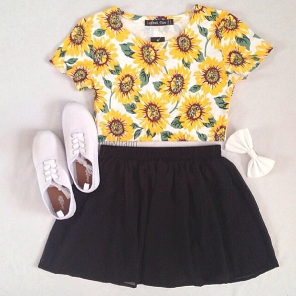 shirt sunflower sunflower graphic tee skirt black skirt flowers cute tennis white shoes forever 21 shoes clothes