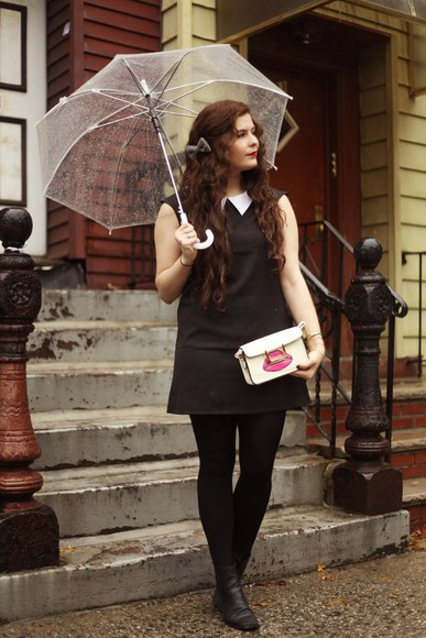 peter pan collar noelles favorite things blogger tights bag umbrella clutch lips hair accessories