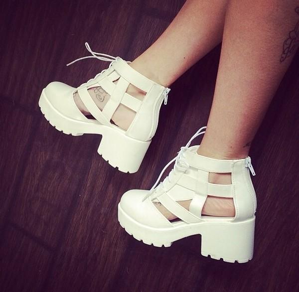 shoes heel