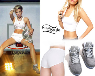 shoes singer actress music video outfit urban miley cyrus air jordan asos american apparel white crop tops love summer short hair