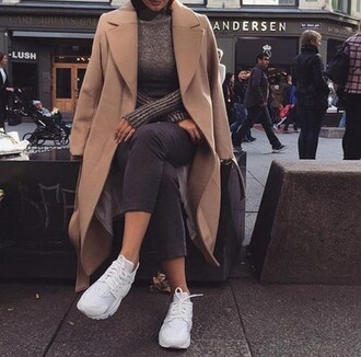 coat winter outfits winter sweater winter coat fall outfits wibter nude nude dress shoes top white streetwear streetstyle fashion style