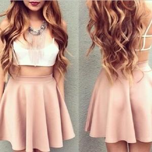 dresses_up