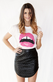t-shirt,lips,leather,quilted,skirt,white fox,lipstick,pink,trendy