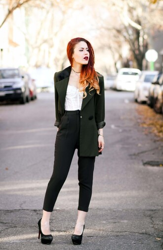 le happy blogger cropped pants blazer