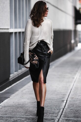 fashionedchic blogger sweater coat skirt grey sweater black skirt ankle boots spring outfits