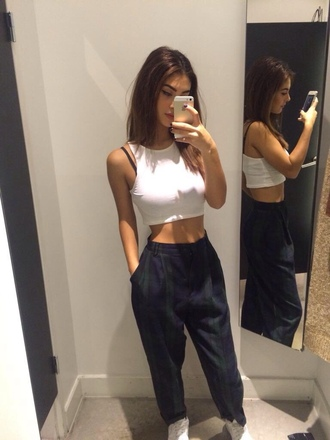 shirt crop tops white jeans old fashion new tumblr girl tumblr white crop tops shop pants