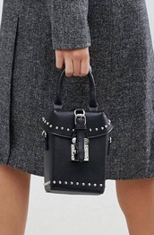 bag,black studded box bag