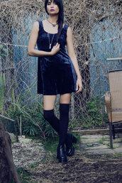 dress,90s style,90velvetdress,crushed velvet,dark blue dress,90s grunge,gothic lolita