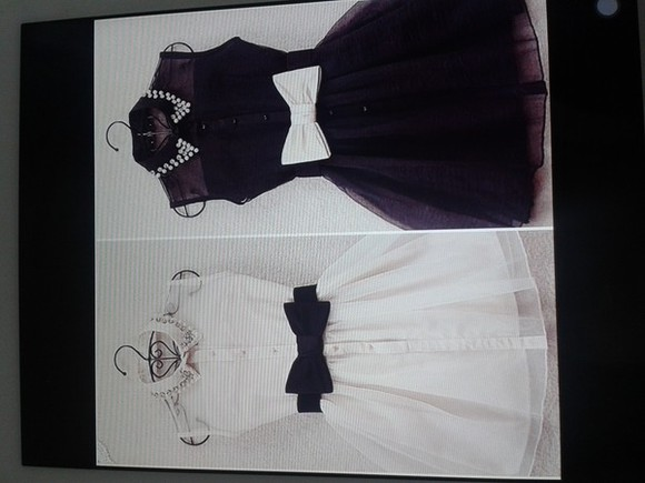 Belt black and white dress tachas