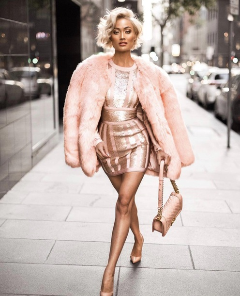 Dress Sequin Dress Nude Dress Dusty Pink Rose Gold Mini Dress Long Sleeve Dress Fashion All Pink Everything Pink Blogger Fashionista Outfit Wheretoget