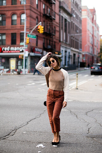 trop rouge blogger fall outfits printed pants cropped pants straight pants