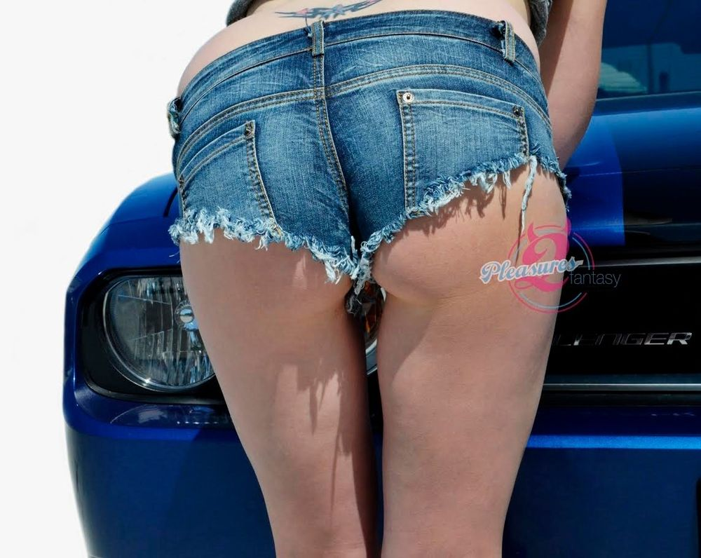 Find a great selection of denim shorts for women at dvlnpxiuf.ga Shop top brands like Jolt, NYDJ and more. Check out our entire collection.