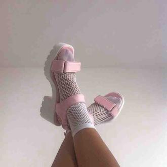 shoes pink white soft grunge kawaii grunge kawaii mesh socks fashion tumblr pastel pastel pink cute socks and sandals pink sandals