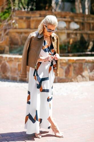 the courtney kerr blogger dress jacket shoes sunglasses jewels