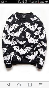 sweater,black,bats,goth,gothic sweater,black sweater