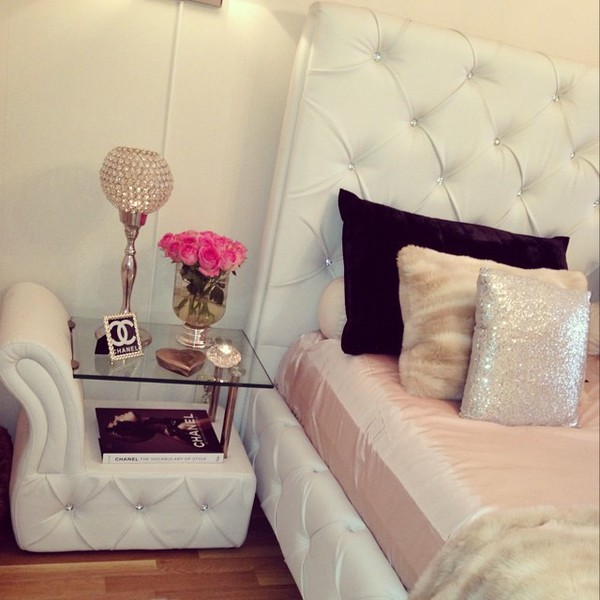 Bag Bedroom Bedding Home Decor Bed Room Set Side Table Nightstand Tufted Rhinestones
