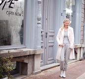 cocorosa,blogger,pink coat,grey sweatpants,silver shoes,grey t-shirt,top,pants,coat,shoes