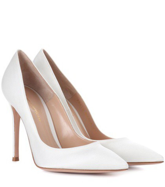 Gianvito Rossi pumps leather white shoes