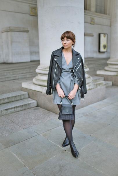 dress tumblr mini dress grey dress jacket black jacket leather jacket black leather jacket tights boots black boots ankle boots bag black bag