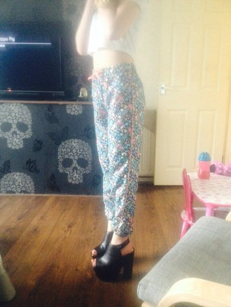 pants high heels floral pattern