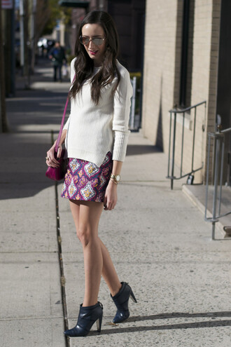 skirt blogger bag jewels sunglasses pink the glam files make-up ankle boots navy jumper