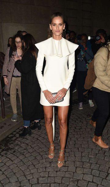 dress mini dress sandals paris fashion week 2018 izabel goulart model off-duty