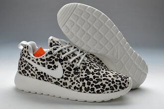 shoes nike roshe run leopard print trainers black white trainers leopard print