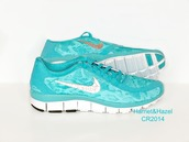 snake skin,swarovski nike free runs 5.0,swarovski,swarovski nike trainers,swarvoski nike free run 0.5,swarovski nike free,swarovski nike,nike,nike running shoes,nike free run,nike sneakers,custom shoes,bling,bling shoes,blingy,frosted,tiffany blue nikes,tiffany blue,tiffany blue shoes,tiffany blue nike free runs,animal print,animal print nikes,snakeskin sneakers,tennis shoes