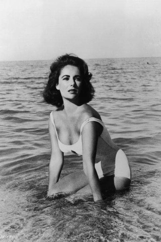 swimwear elizabeth taylor one piece swimsuit one piece white swimwear