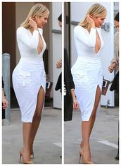skirt,top,plunge v neck,white,slit skirt,khloe kardashian,pumps,sexy,bodysuit,kardashians