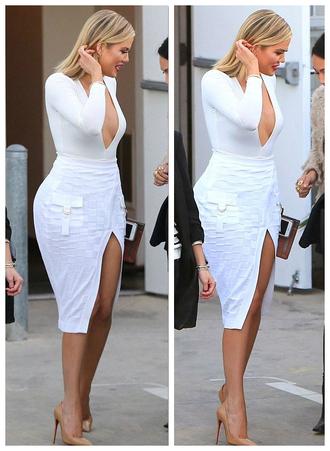 skirt top plunge v neck white slit skirt khloe kardashian pumps sexy bodysuit kardashians