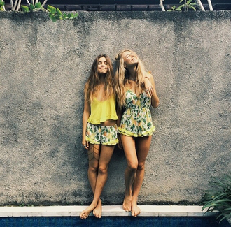 shorts yellow green dress tropical floral flowers summer fashion romper flowered shorts floral dress yellow dress yellow top brunette blonde hair tumblr summer dress summer outfits frilly leaves jumpsuit lemon lemon print lemons print girly gren fruits ruffle