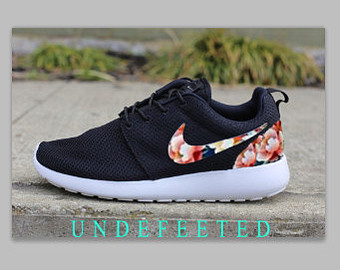 Popular items for nike roshe on Etsy