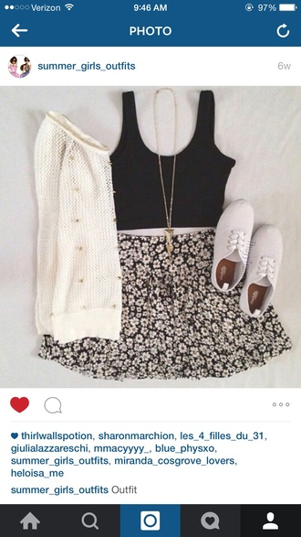 skirt summer summer outfits skater skirt floral floral skirt flowers fall outfits fall skirt fall trend fall winter outfits fall winter fashion tumblr tumblr outfit tumblr skirt tumblr clothes