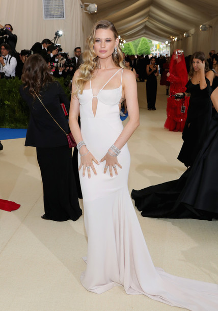 Dress white white dress wedding dress long dress behati dress white white dress wedding dress long dress behati prinsloo met gala met gala 2017 junglespirit Image collections