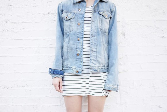 t-shirt denim jacket shoes jacket fire on the head blogger stripes striped dress hipster summer outfits