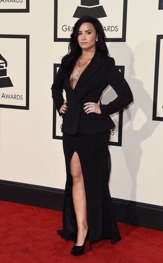dress skirt blazer grammys 2016 demi lovato pumps all black everything red carpet dress slit skirt slit dress