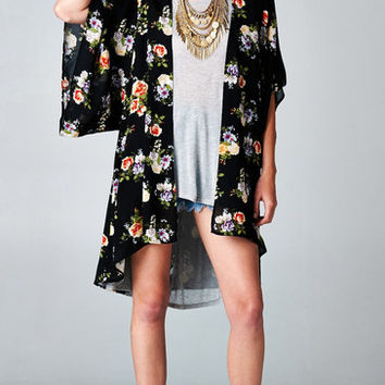 SHORT SLEEVE FLORAL KIMONO CARDIGAN - BLACK on Wanelo