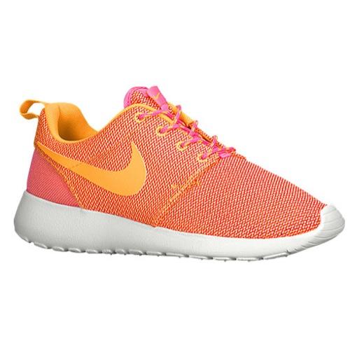 low priced c1cbc c6838 Nike Roshe Run - Women s at Foot Locker