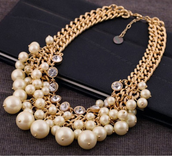 white jewels gold necklace gold perles chaines diamonds parrure