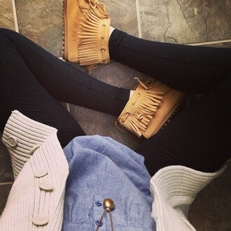 shoes moccasins sweater shirt fringes