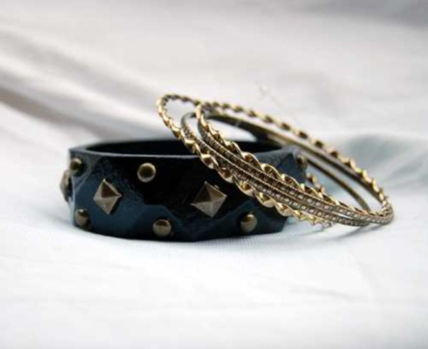 jewels set bracelets